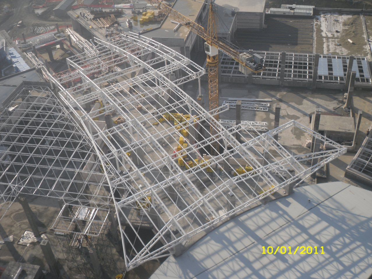 AKBATI MALL STEEL ROOF  STRUCTURE (TURKEY-2010)